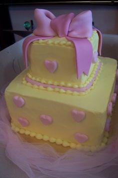 Sweet baby shower cake - triflescakes.com