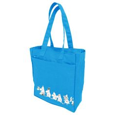 A nice Moomin shopper bag of durable canvas. The Characters are printed to the front side of the bag. Closes with a zipper, inside a separate zipper pocket.
