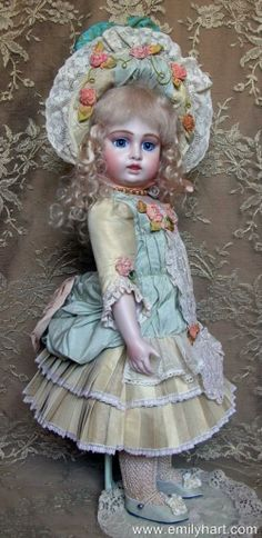 Mary Lambeth Costume Crescent Bru Antique Reproduction Doll by Emily Hart Antique Dolls, Vintage Dolls, Girl Dolls, Barbie Dolls, Doll Costume, Costumes, China Dolls, Antique Clothing, Bisque Doll