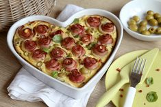 with ham rose! No Bake Pies, Main Meals, Quiche, Ham, Pizza, Pudding, Baking, Desserts, Recipes