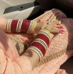 bridal jewelry for the radiant bride Indian Wedding Jewelry, Indian Wedding Outfits, Bridal Outfits, Indian Bridal, Wedding Attire, Wedding Bride, Wedding Venues, Bridal Bangles, Bridal Jewelry