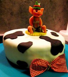 Birthdayparty farm cake Farm Cake, Birthday Parties, Desserts, Food, Anniversary Parties, Tailgate Desserts, Barnyard Cake, Deserts, Birthday Celebrations