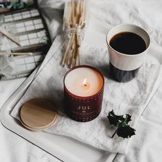 JUL (Christmas) Candle by Skandinavisk Fall Candles, Christmas Candles, Christmas Wreaths, Scented Candles, Candle Jars, Photo Candles, Swedish Christmas, Candle Diffuser, Christmas Photography