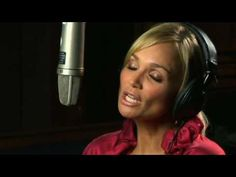 Kristin Chenoweth...I'll Be Home For Christmas...love her what an amazing voice