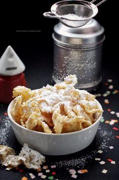 Chiacchiere dolci fritti