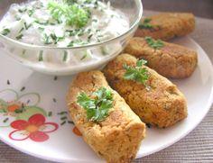 Vörös lencsefasírt tzatzikivel Baked Potato, Vitamins, Potatoes, Baking, Ethnic Recipes, Food, Potato, Bakken, Essen