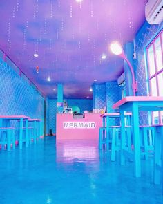 This Magical Mermaid Cafe Will Make You Feel Like Ariel For A Day - Narcity