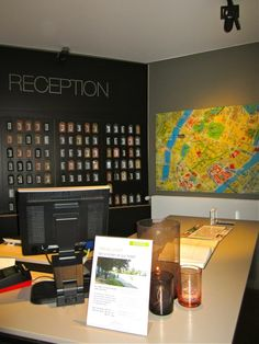 i love this reception area.