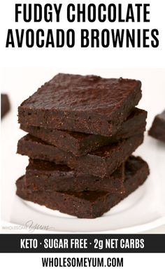 The Best Chocolate Avocado Brownies Recipe – Healthy & Fudgy – The easiest, best chocolate avocado brownies recipe – SUPER FUDGY! You'll never guess they are low carb, keto, sugar-free, gluten-free and even paleo. Keto Brownies, Chocolate Avocado Brownies, Healthy Brownies, Low Calorie Brownies, Sugar Free Brownies, Nutella Brownies, Keto Friendly Desserts, Low Carb Desserts, Healthy Dessert Recipes