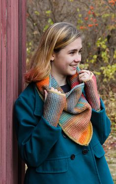 Ravelry: Scattering Cowl and Mitts pattern by Sara Delaney