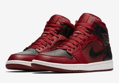 Official Images Of The Air Jordan 1 Mid Reverse Banned