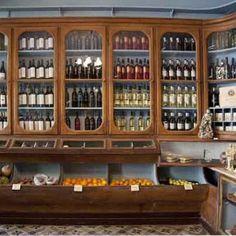 A Mimosa da Lapa 07 Dental Cabinet, Nostalgia, Wine Storage, Kitchen Storage, Lapa, Soho House, Portugal Travel, Cool Photos, Interesting Photos