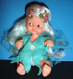 KEKAS Magazine: Los BARRIGUITAS del Bosque: el SILFO y la SÍLFIDE Barbie, Vintage Dolls, Nostalgia, Cute, Leo, Facebook, Bathroom, Old Things, Childhood Memories