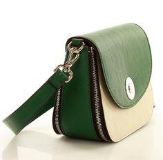 Carpisa divattáskák, hogy színesebb legyen a szürke hétköznap Saddle Bags, Fashion, Moda, Fashion Styles, Fashion Illustrations