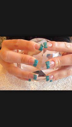 Acrilic nails: should I get them?