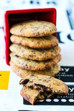 Le top du top ! J'ai déjà réalisé des recettes de cookies magnifiquement gourmands, délicieux et plus biscuités que ceux de Michalak ( recette ici ) et en tant que grande gourmande j'ai décidé de tester la recette des cookies de Michalak. Je n'ai qu'une...