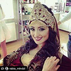 @rabia_mlndzl  Rabia gelinimize mutluluklar diliyoruz.❤ #modernkaftan #kinagecesi #kinagecesiorganizasyonu #kinaorganizasyonu #kiralikkaftan #kaftankiralama #kaftan #henna #kina #hennanight #istanbulkaftankiralama #bindalli #kiralıkbindalli  #hurremkaftan #kinataci #kinakaftani #kinaelbisesi #wedding #dugun #gelin #brides #bridetobe #bekarligaveda #bekarligavedagecesi #nişan #tef #kinatefi #kinatepsisi