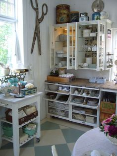 This isn't a scrapbook room, but how great is this storage? And the counter top? Sewing Spaces, My Sewing Room, Sewing Rooms, Craft Room Storage, Room Organization, Craft Rooms, Office Storage, Space Crafts, Home Crafts