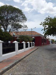 Calles de piedra en la zona Colonial de Coro.