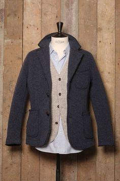 Black Rivet Wool Blend Coat http://rstyle.me/n/sr3xs4ni6