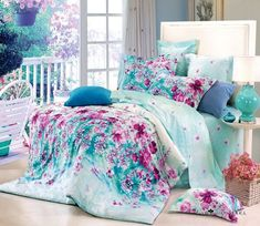 Raspberry flowers on blue bed set