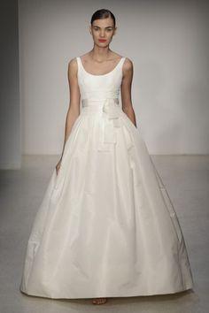 Amsale 'Chelsea' size 4 used wedding dress - Nearly Newlywed
