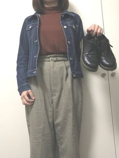 tops ⇒uniqlo outer ⇒used  pants ⇒giordano shoes ⇒s