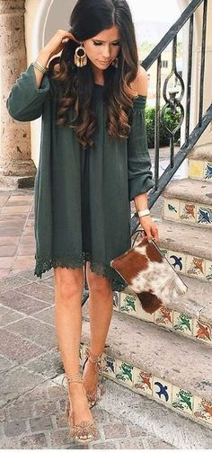 Take a look at the best winter wedding guest dresses in the photos below and get ideas for your outfits! Winter Wedding Guest Dresses We Love – MODwedding Image source Casual Wedding Outfit Guest, Winter Wedding Outfits, Winter Wedding Guests, Dress Wedding, Outfit Winter, Dress Winter, Fall Wedding Guest Dresses, Dress Summer, Boho Outfits