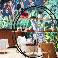 It's all pleasantly verdant in the public spaces, aided by the judicious addition of plants, use of natural materials and the work of local artists - including Eloísa Ballivian, responsible for the beautiful 10 metre hand-painted mural in the main bar which took two months to complete...