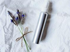 Easy Homemade Lavender Linen Spray