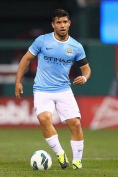 "Sergio ""El Kun"" Agüero. Football Icon, World Football, Manchester City, Sergio Aguero, Kun Aguero, Football Players, Gorgeous Men, Running, Celebrities"