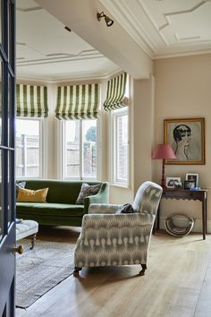 Living Room Inspiration, Interior Design Inspiration, Home Interior Design, Interior Decorating, Pastel Interior, Brown Interior, Sitting Room Decor, Apartment Living, Living Spaces