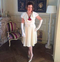 This beautiful vintage dress went to Cambrai  France! Thank you Nancy for allowing me the privilege  of styling you for your event!!!#rcmooreunique #rcmoorevintage #France #rcmoore #cambrai #pleateddress #fashion #stylist  #stylista  #happycustomer #love  #operagloves #frenchweddingstyle #classy #countryfrench #etsyshop #cambray #escaut #french #vintagedress  #model www.rcmooreunique.com rcmoorevintage@etsyshop.com 1-610-740-3820