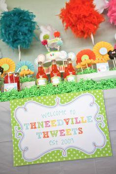 Lorax theme birthday party. #desserttable