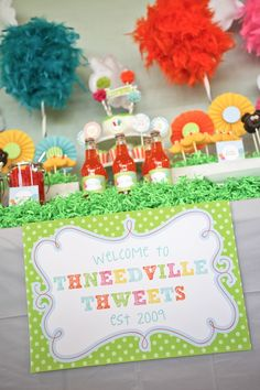 Lorax theme birthday party. #desserttable