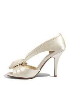 91b64b067b9b wedding shoes Walking Down The Aisle