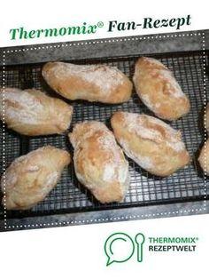 Knusper Weckle von maximausi. Ein Thermomix ® Rezept aus der Kategorie Brot & Brötchen auf www.rezeptwelt.de, der Thermomix ® Community.