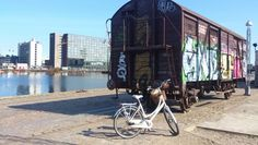 Eeeh.. Runawaytrain? ...Tags: #Batavus, #Diva, #Bicycle, #Bike, #small #adventure, #train, #Copenhagen