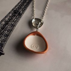 Did you know you can add parfume to the jewelry? By adding parfume you create your own amulet. No need to add cemicals to skin! Read more http://ift.tt/2nhRFZd #addscent #jewellery #designtreat #ceramic #silver #creailoa #youramulet