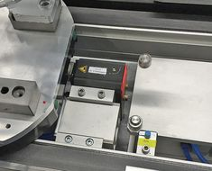 The transfer system uses transfer plates or product carriers to move component assemblies from one workstation to the next. Because the drive motor is integrated into the shaft, the system saves space by eliminating external drive motors. Space Saving, Motors, Transportation, Connection, English, Plates, Licence Plates, Dishes, Griddles