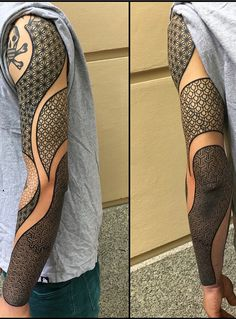 Geometric Tattoo Sleeve Designs, Geometric Sleeve Tattoo, Geometric Tattoos Men, Tattoo Designs Men, Forearm Band Tattoos, Arm Tattoo, Hand Tattoos, Tatoos, Cover Up Tattoos For Men