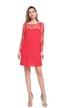 Bien Savvy red dress, silk veil mini with lace long sleeves. Intense red, lace and bare feet will make you feel the sensation of the evening. Red Lace, Cocktail Dresses, Veil, Cold Shoulder Dress, Mini, Long Sleeve, Sleeves, How To Make, Fashion