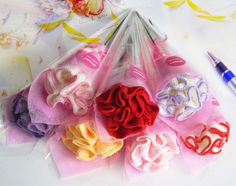 I found some amazing stuff, open it to learn more! Don't wait:https://m.dhgate.com/product/carnation-folded-towel-flower-wash-cloth/158787961.html