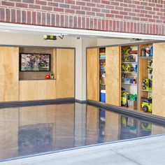 Want to upgrade your garage? Check out these clever ideas for painting your garage. Including garage door, floor and wall paint ideas. Garage House, Garage Shed, Garage Workshop, Dream Garage, Garage Doors, Garage Workbench, Sliding Doors, Diy Garage Storage Cabinets, Garage Racking