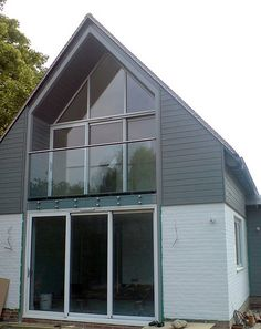 Sparkling decorative gable vents Ideas, new decorative gable vents and 26 decorative gable vents menards Bungalow Extensions, House Extensions, Attic Conversion Balcony, Modern Exterior, Exterior Design, Gable Window, Gable Roof Design, Gable Vents, Mansard Roof