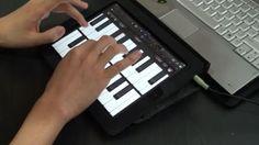 피아노 앱이 아닌 키보드를 사용하다 그자체를 뒤집어 건반을 보다 편리하게 사용하고 싶을때