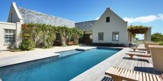 Houses For Sale in Noordhoek (Cape Town). View our selection of apartments, flats, farms, luxury properties and houses for sale in Noordhoek (Cape Town) by our knowledgeable Estate Agents. Luxury Apartments, Rental Apartments, Cape Town Holidays, Jacuzzi Hot Tub, Double Storey House, 6 Bedroom House, Property Real Estate, Exterior Makeover, Cool Pools