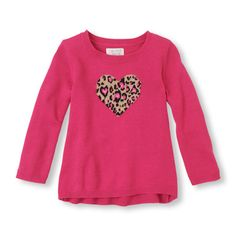A pretty pattern and a fashionable fit make this a super cute top with leggings and more!
