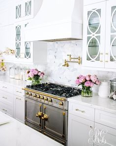 Kitchen Interior Design Tips for Caring for your Marble Counter Tops - How to Clean Marble - Tips for Caring for your Marble Counter Tops - How to Clean Marble - keep your marble counter tops looking sparkly and clean Marble Counter, Kitchen Marble, Kitchen Interior, Interior, Home, Kitchen Remodel, Kitchen Decor, Home Kitchens, Kitchen Design