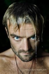 Xavier Rudd...he is amazing. A one man show...his didgeridoo is very impressive. ;)